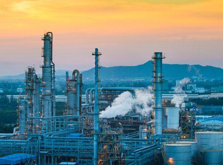 Química e Derivados, Petroleiras do Oriente Médio reforçam posição global - Petroquímica